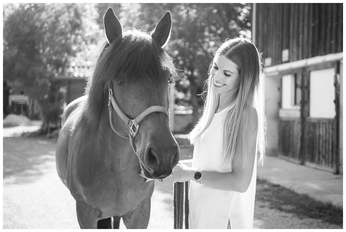 katrin-kind-portrait-fotografie-mit-pferd-muenchen-rosenheim_0011.jpg