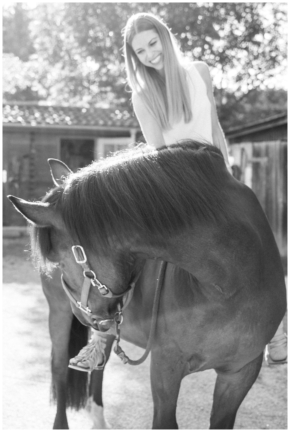 katrin-kind-portrait-fotografie-mit-pferd-muenchen-rosenheim_0012.jpg