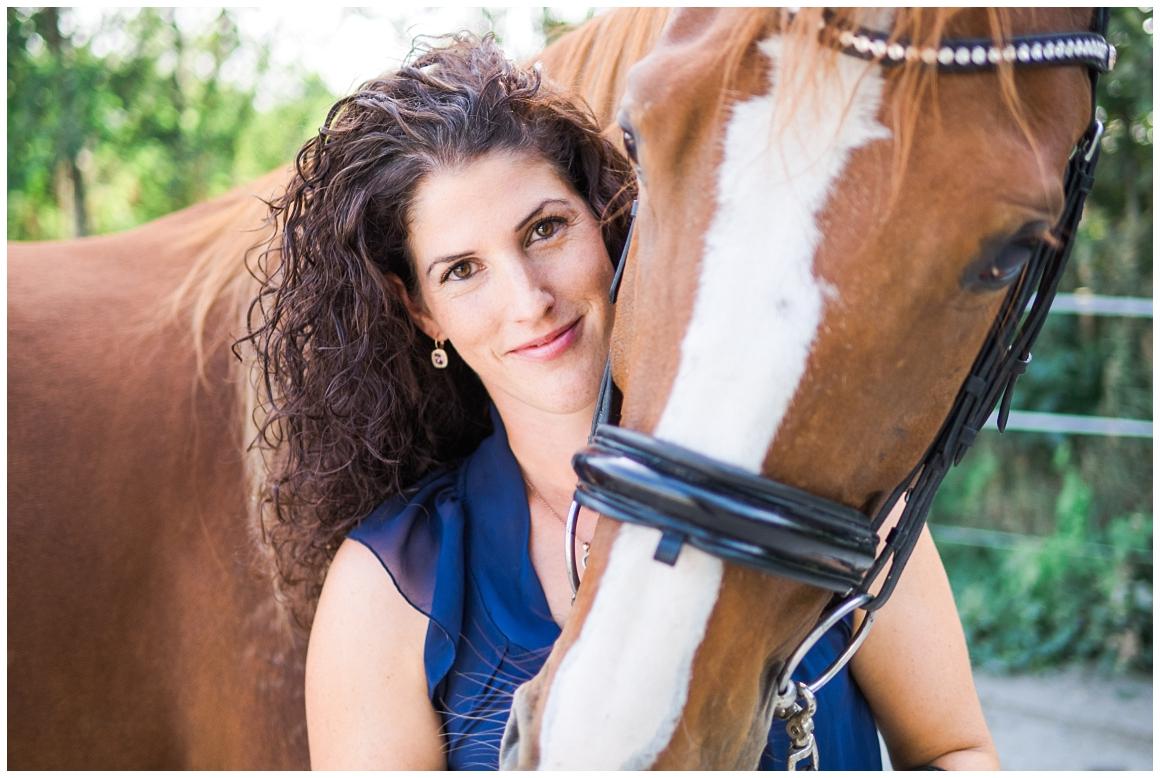 portraitfotos-mit-pferd-pferdefotograf-münchen-rosenheim-natürliche-fotos-katrin-kind-photography_0012.jpg
