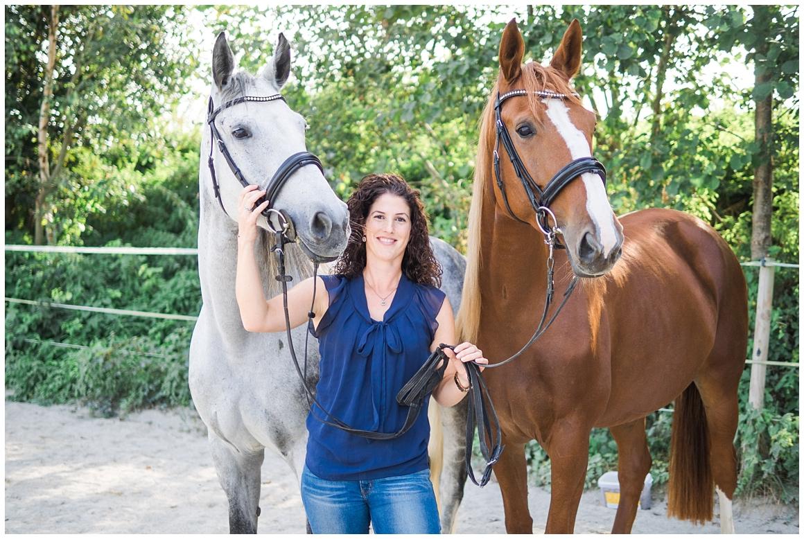 portraitfotos-mit-pferd-pferdefotograf-münchen-rosenheim-natürliche-fotos-katrin-kind-photography_0014.jpg