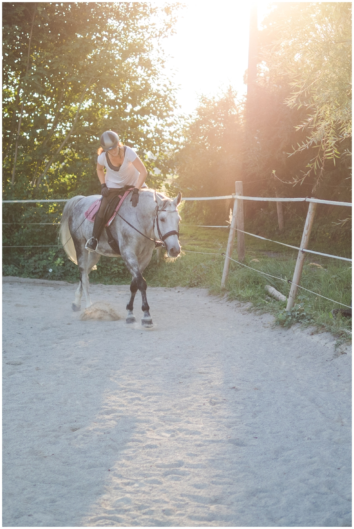 portraitfotos-mit-pferd-pferdefotograf-münchen-rosenheim-natürliche-fotos-katrin-kind-photography_0043.jpg
