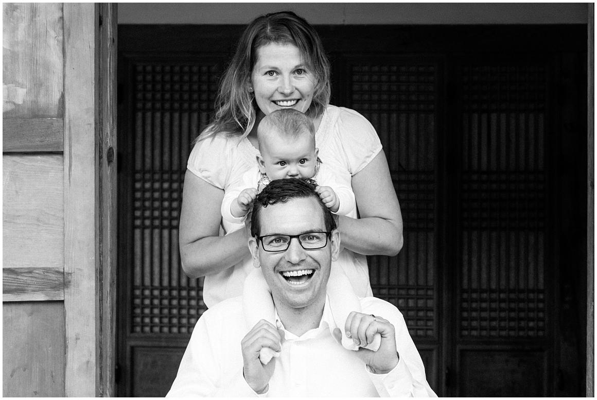 portraitfotos-familie-familienfotograf-familienfotos-familienbilder-münchen-by-katrin-kind-photography_0003.jpg