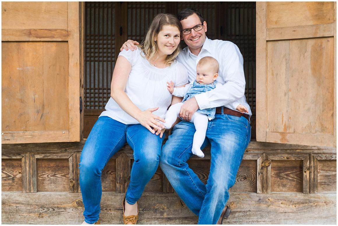 portraitfotos-familie-familienfotograf-familienfotos-familienbilder-münchen-by-katrin-kind-photography_0004.jpg