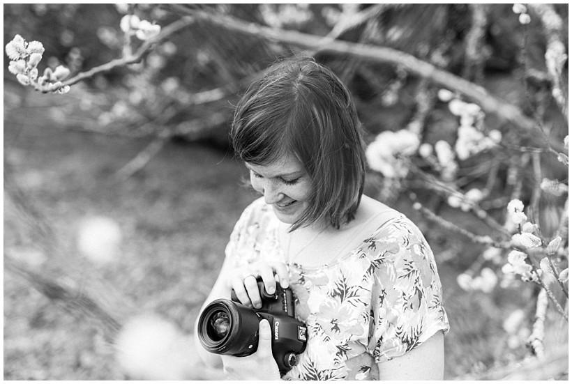 fotoshooting-seehamer-see-irschenberg-stefanie-bachmeier-portraitbilder-natürliche-portraitfotos-münchen-rosenheim-by-katrin-kind-photography_0012.jpg