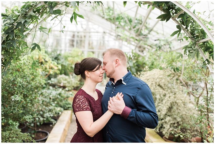 Verlobungsshooting Im Botanischen Garten In München Chantal