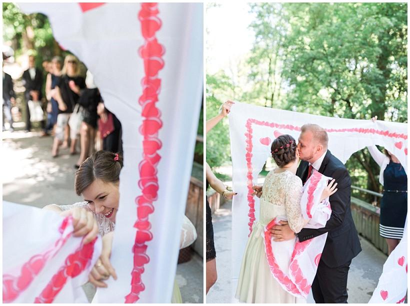 hochzeitsfotograf-hochzeitsreportage-hochzeit-standesamt-mandlstraße-gasthof-hinterbrühl-münchen-wedding-photographer-katrin-kind-photography_0031.jpg
