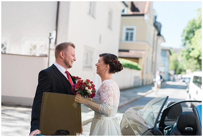 hochzeitsfotograf-hochzeitsreportage-hochzeit-standesamt-mandlstraße-gasthof-hinterbrühl-münchen-wedding-photographer-katrin-kind-photography_0004.jpg