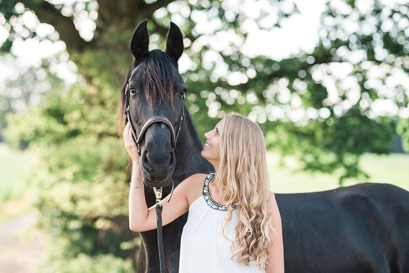 pferdefotograf-pferdeportrait-equine-horse-photographer-fotoshooting-mit-pferd-natürliche-portraitfotos-portraitfotograf-münchen-rosenheim-by-katrin-kind-photography_0019.jpg