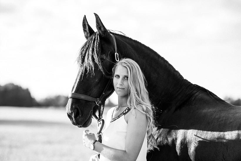 pferdefotograf-pferdeportrait-equine-horse-photographer-fotoshooting-mit-pferd-natürliche-portraitfotos-portraitfotograf-münchen-rosenheim-by-katrin-kind-photography_0025.jpg