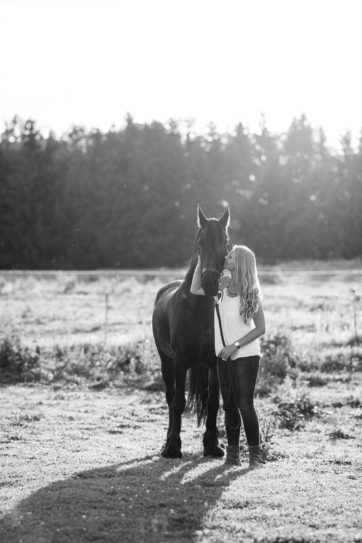 pferdefotograf-pferdeportrait-equine-horse-photographer-fotoshooting-mit-pferd-natürliche-portraitfotos-portraitfotograf-münchen-rosenheim-by-katrin-kind-photography_0029.jpg
