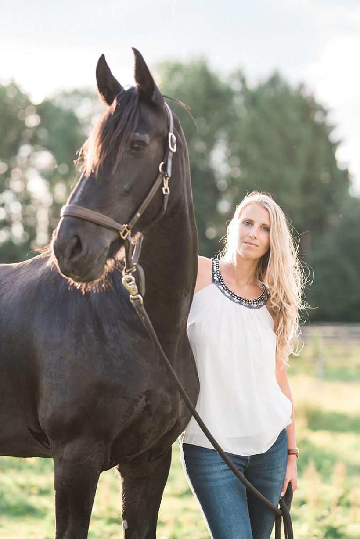 pferdefotograf-pferdeportrait-equine-horse-photographer-fotoshooting-mit-pferd-natürliche-portraitfotos-portraitfotograf-münchen-rosenheim-by-katrin-kind-photography_0027.jpg