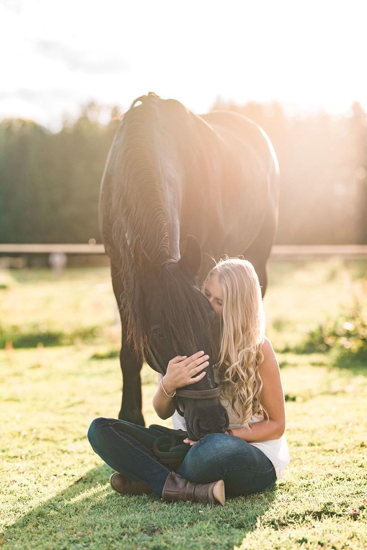 pferdefotograf-pferdeportrait-equine-horse-photographer-fotoshooting-mit-pferd-natürliche-portraitfotos-portraitfotograf-münchen-rosenheim-by-katrin-kind-photography_0032.jpg