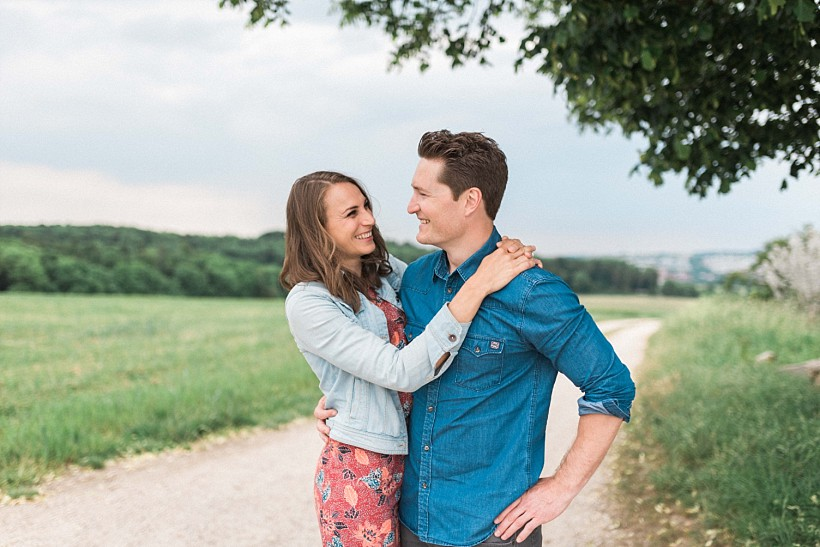 fotoshooting-verlobung-engagement-session-verlobungsshooting-verlobungsfotos-münchen-munich-by-katrin-kind-photography_0000.jpg