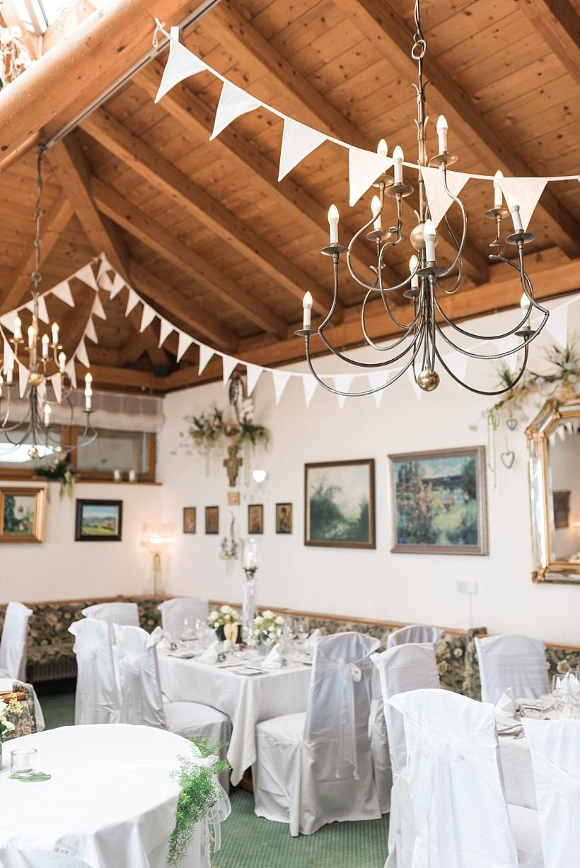 hochzeitsfotograf-hochzeitsreportage-hochzeit-chiemsee-malerwinkel-seebruck-ising-münchen-rosenheim-wedding-photographer-katrin-kind-photography_0085.jpg