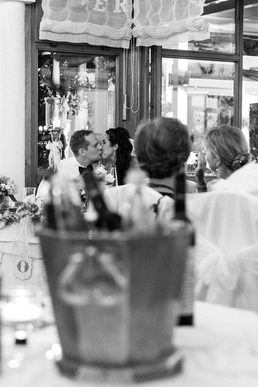 hochzeitsfotograf-hochzeitsreportage-hochzeit-chiemsee-malerwinkel-seebruck-ising-münchen-rosenheim-wedding-photographer-katrin-kind-photography_0093.jpg