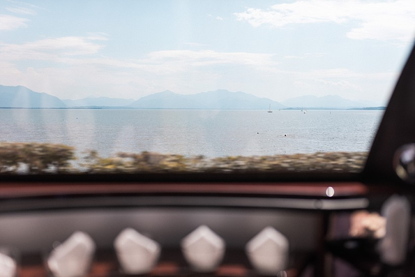 hochzeitsfotograf-hochzeitsreportage-hochzeit-chiemsee-malerwinkel-seebruck-ising-münchen-rosenheim-wedding-photographer-katrin-kind-photography_0036.jpg