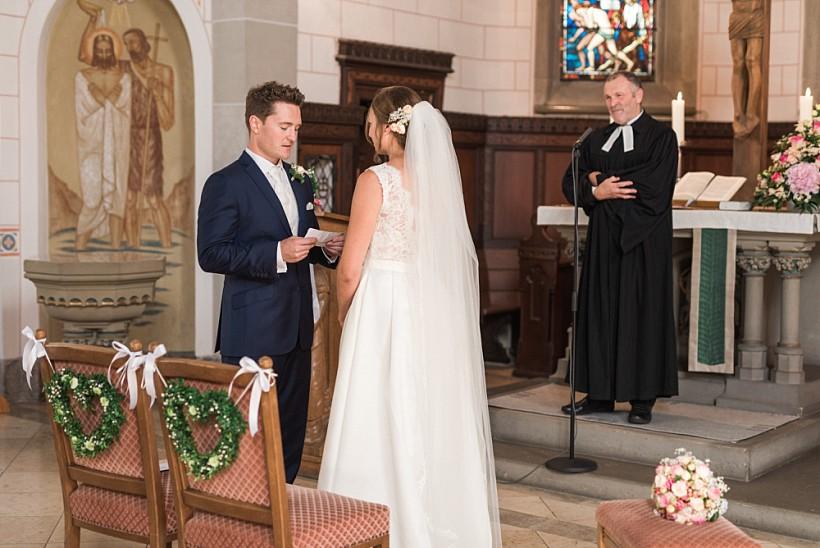 hochzeitsfotograf-hochzeitsreportage-hochzeit-hfg-ulm-münchen-rosenheim-wedding-photographer-katrin-kind-photography_0041.jpg