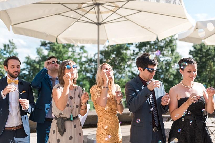 hochzeitsfotograf-hochzeitsreportage-hochzeit-hfg-ulm-münchen-rosenheim-wedding-photographer-katrin-kind-photography_0054.jpg