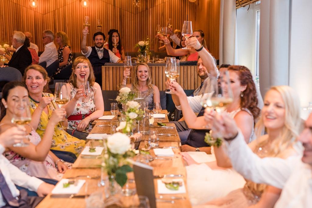 Ammersee Hochzeit auf dem Schiff Standesamt MS Dießen und Feier im Restaurant Fischer